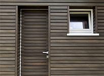 facciata ventilata in legno per villa