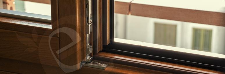 particolare serramenti in legno