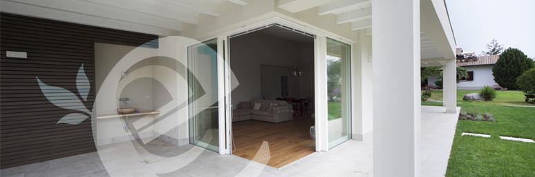 vetrata scorrevole in legno Ecolegno